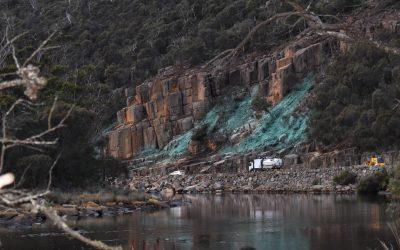 Tasman Highway reopens to traffic at Paradise Gorge